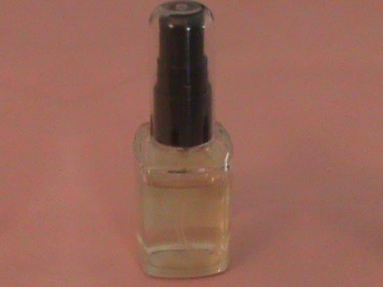 30ml-μπουκάλι-&-πλαστική-μαύρη-αντλία-και-διαφανές-overcap-ΑΝΤΛΙΕΣ-ΡΟΗΣ---ΨΕΚΑΣΤΗΡΕΣ-chemipack